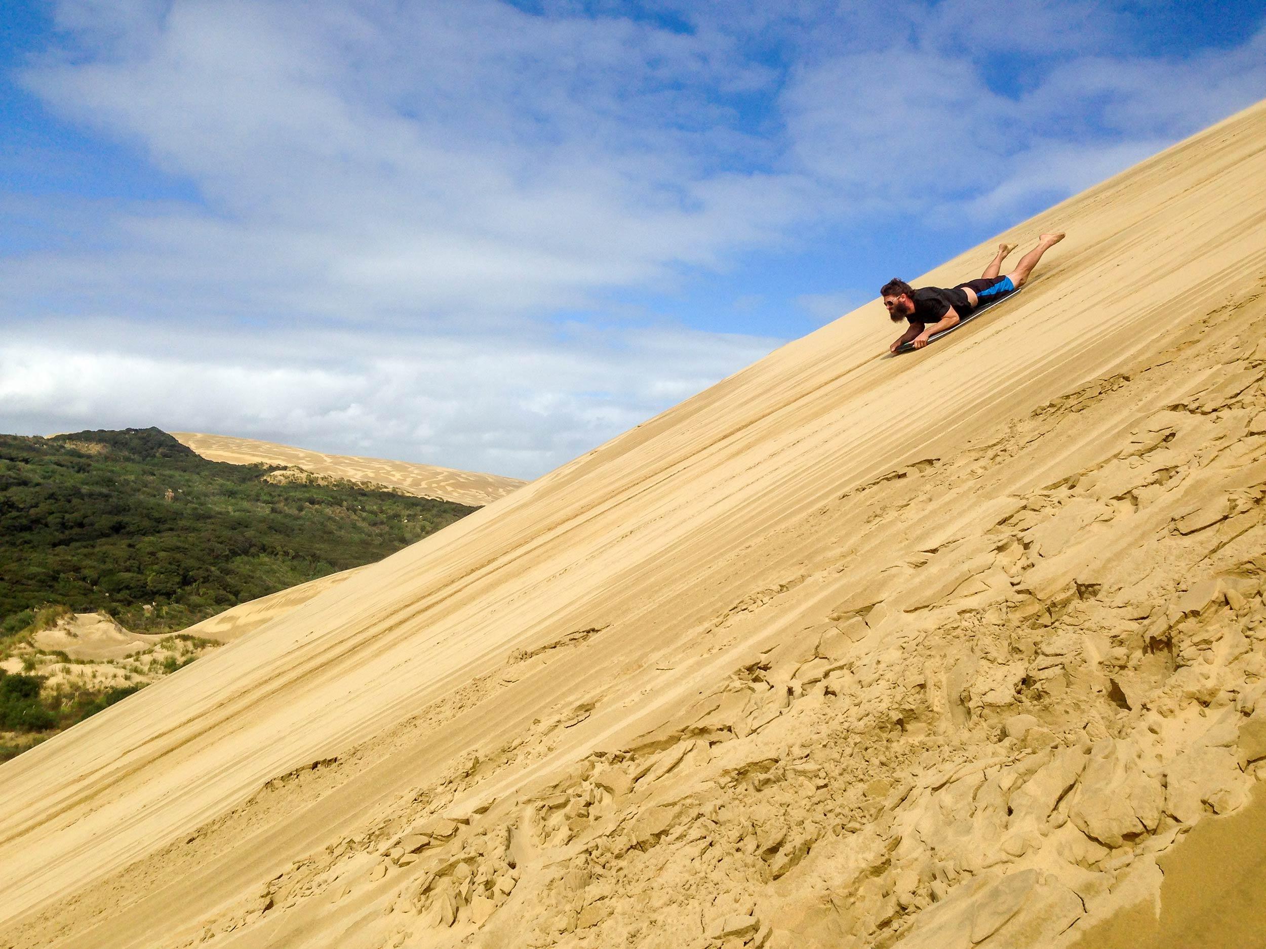 te_paki_sand_dunes_jordan_slide.jpg