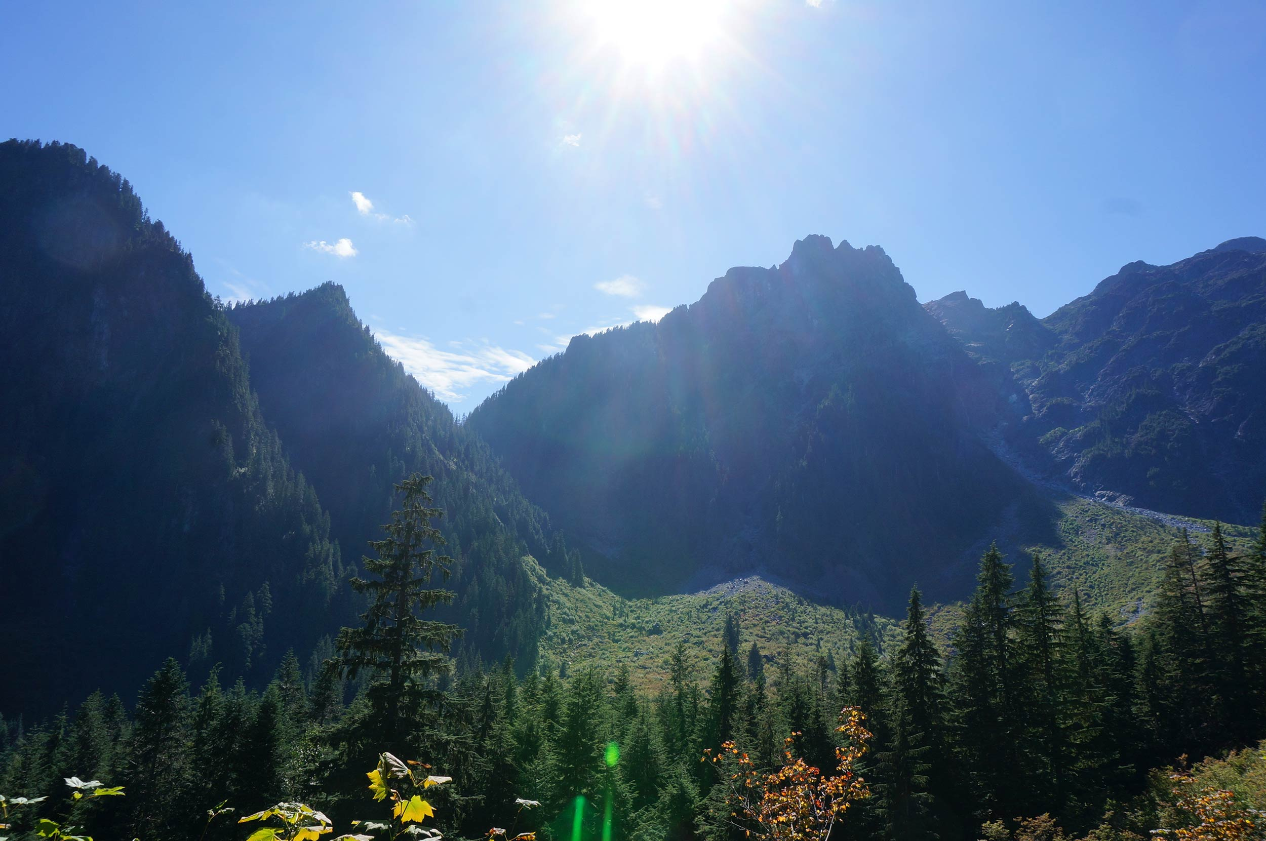 golden_ears_hike_mountains.jpg