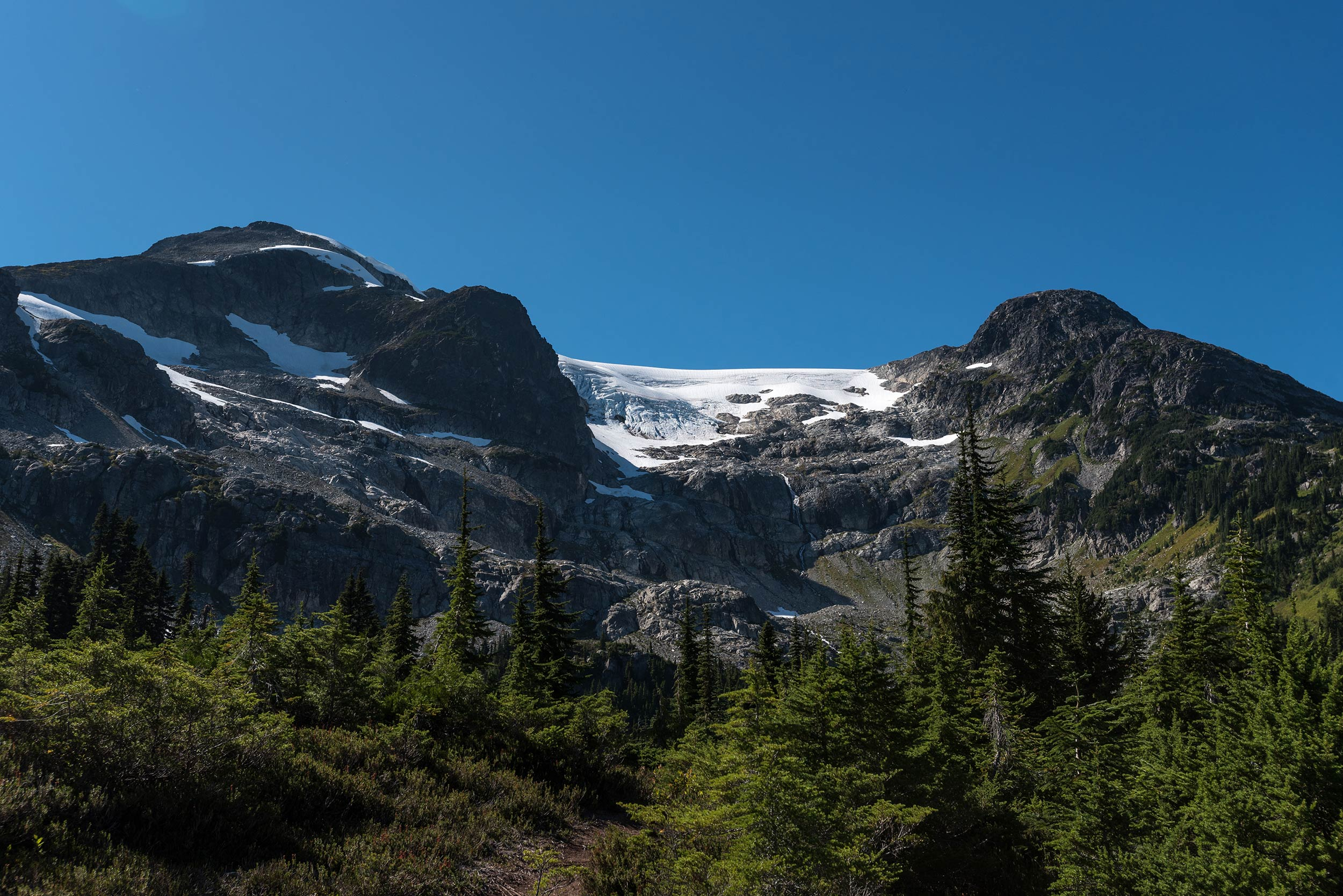 iceberg_lake_skywalk_trail3.jpg