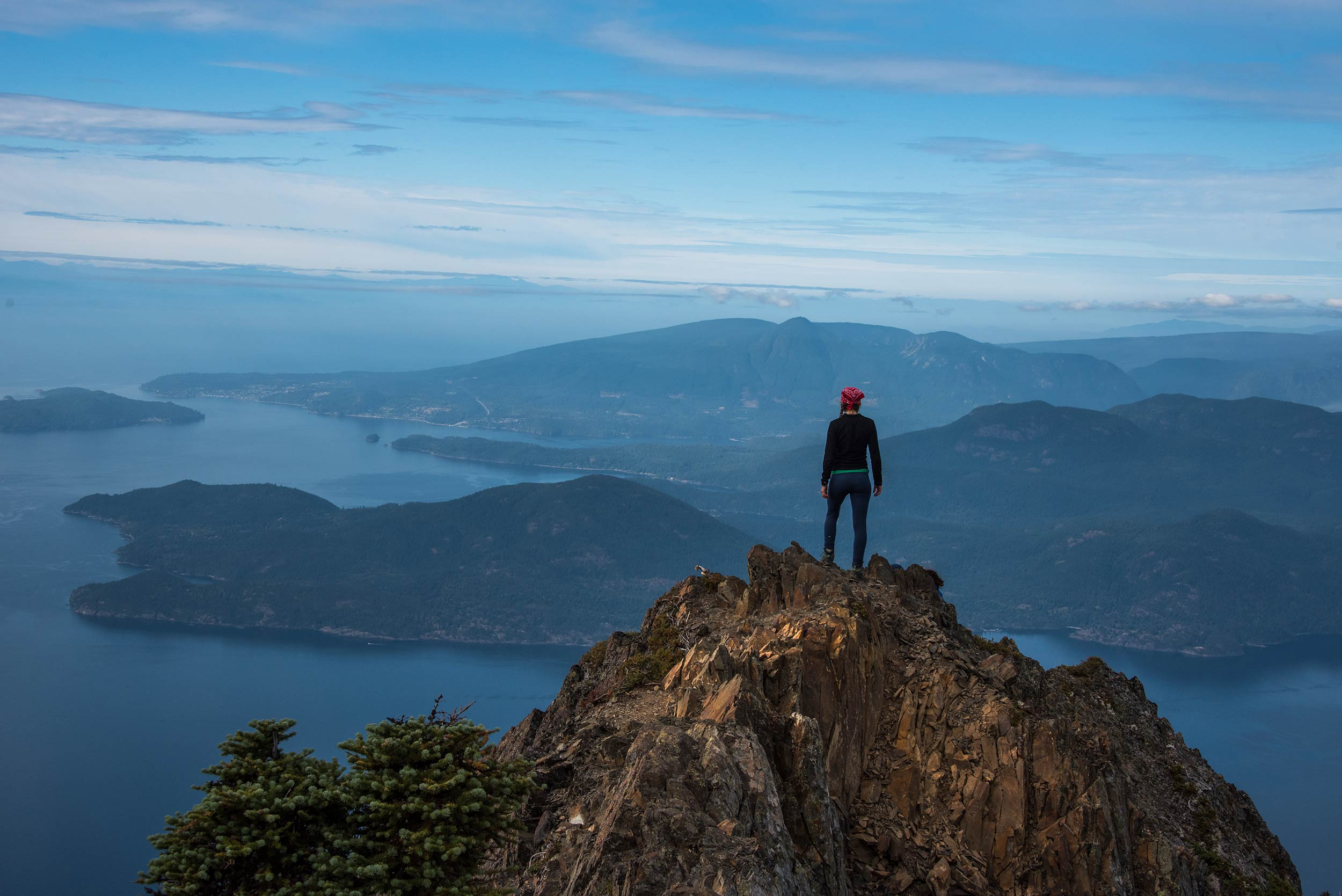 howe_sound_crest_trail_candice_brunswick_peak3.jpg