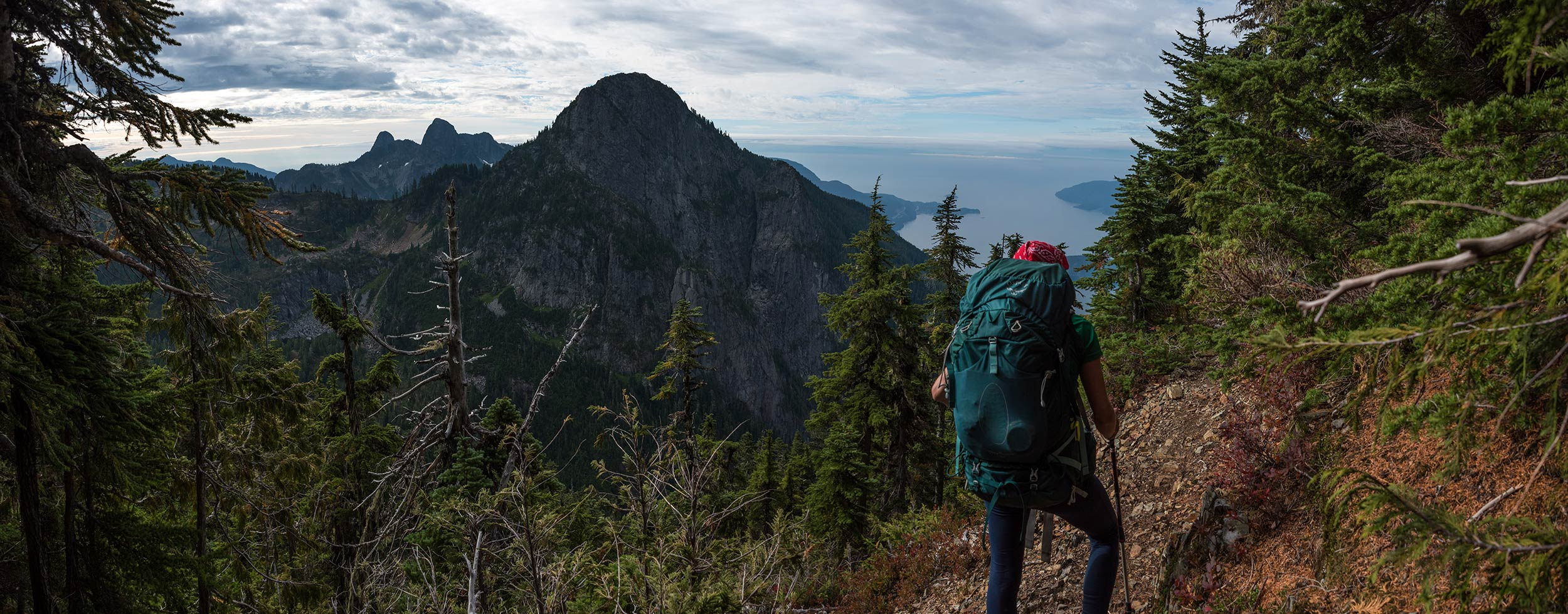 howe_sound_crest_trail_candice_harvey_lions_pano.jpg