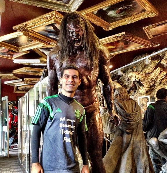 Like most 13-year-old boys, Rafa Marquez wears his Under Armour to the museum too.