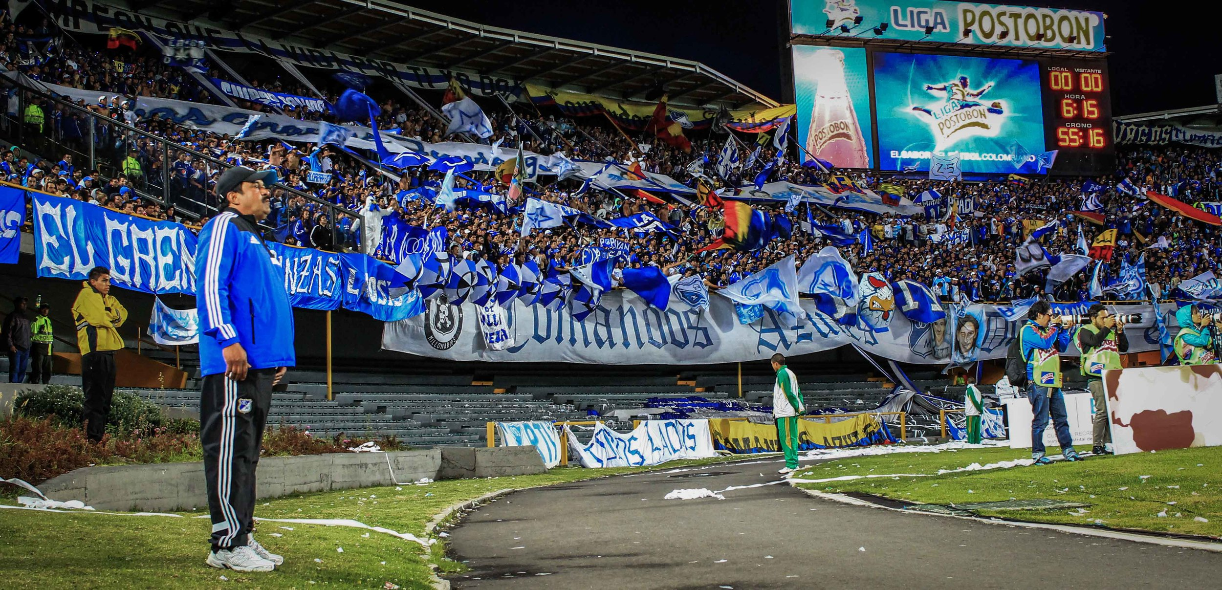 The other famed Millos' barra brava, and the first-ever in Colombia, Comandos Azules.
