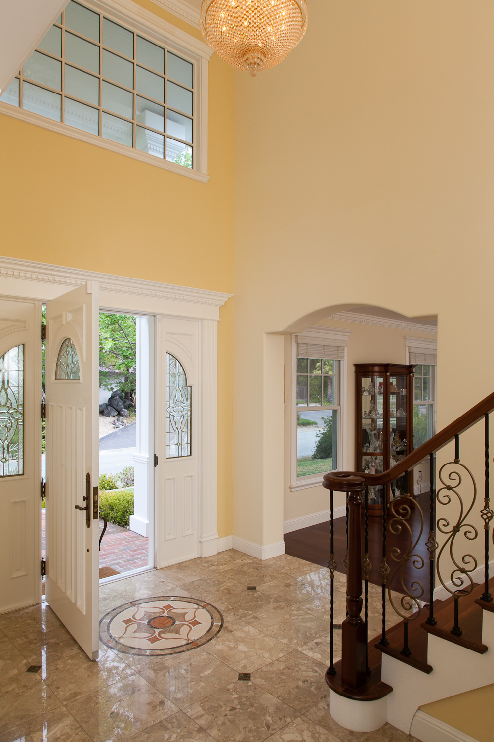 Traditional Entry Hall