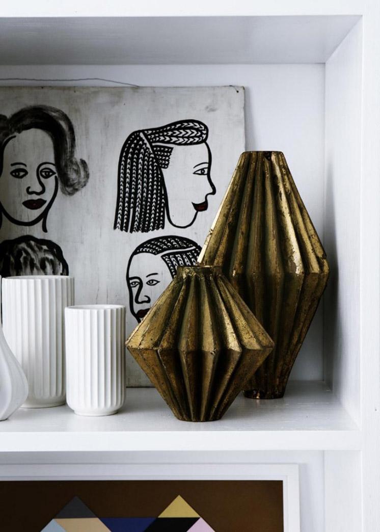 Bronze-Ornaments-Yvonne-Kone-Home-©-Line-Klein-for-Elle-Decoration-Est-Magazine.jpg