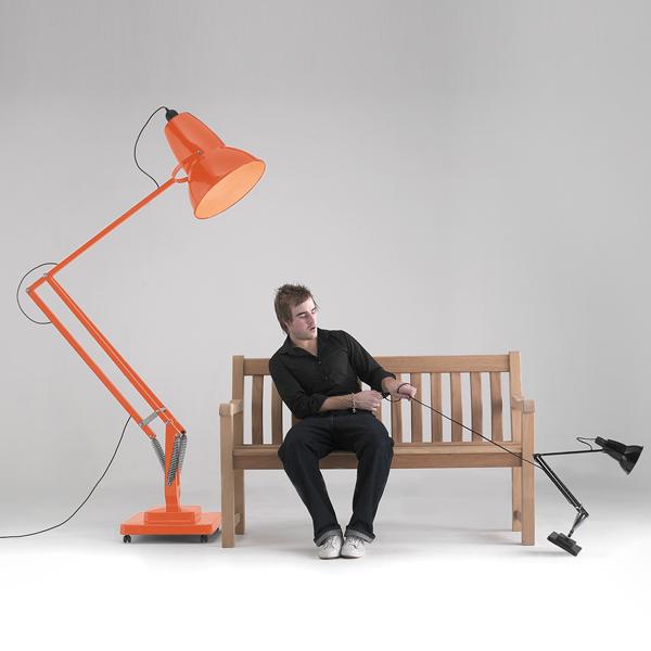 Giant-Anglepoise-Lamp.jpg