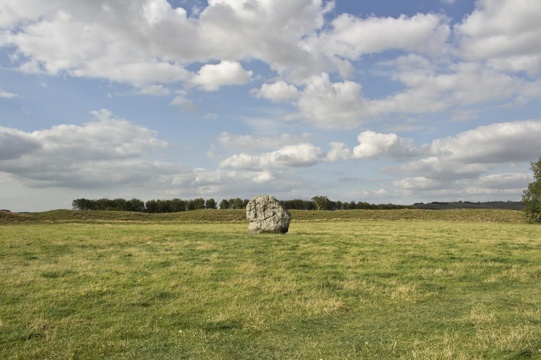 Avebury, England • baraperglova.com/blog