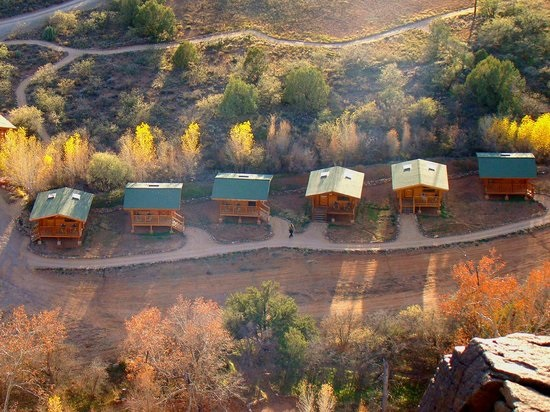 angel valley cabins.jpg