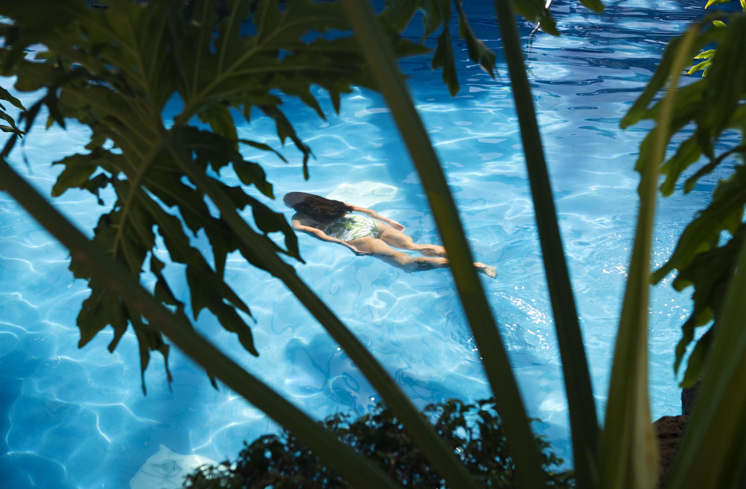 01_07210 Portfolio print swimming for wall 10x16 Sanders07140_1216_152523_HRM.jpg