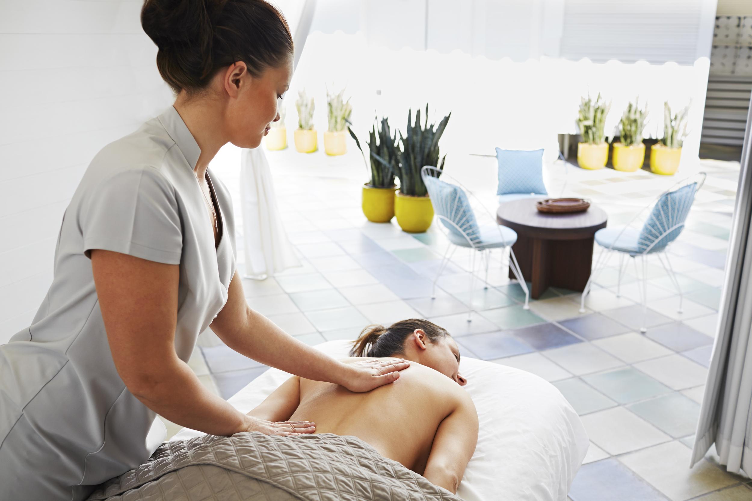 16_Sanders14121_Day 7_Spa Massage_02441RT_RT.jpg