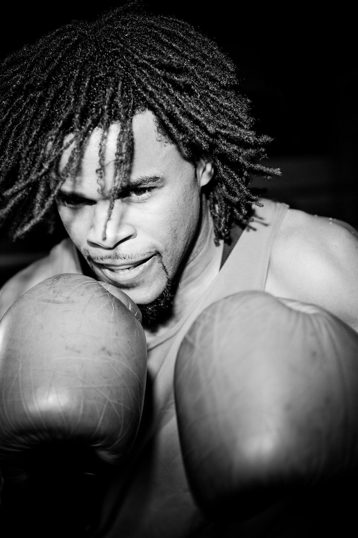 Shaka Taffawa, boxer