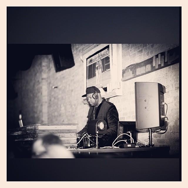 DJ D JONES CHICAGO PRIVATE EVENT WEDDING DJ CORPORATE 11.jpg