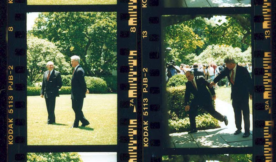 Australian Prime Minister nearly falls over in the White House Rose Garden on June 27, 1997 (Clinton Presidential Library)