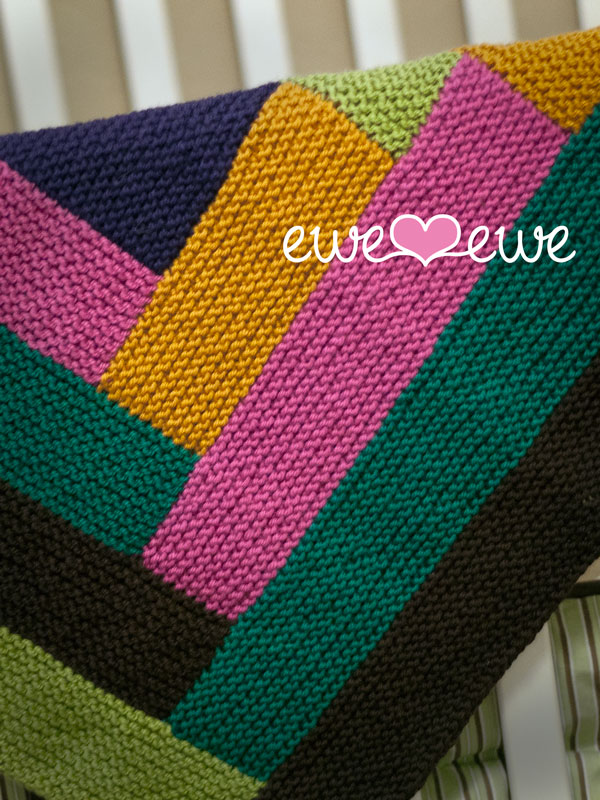 4. Cuddle Up Log Cabin Baby Blanket   knitting pattern