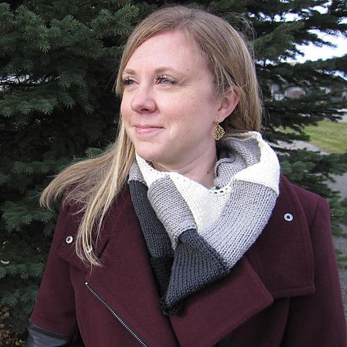 Ombrélac Cowl  knitting pattern by Meaghan Schmaltz, The Unapologetic Knitter
