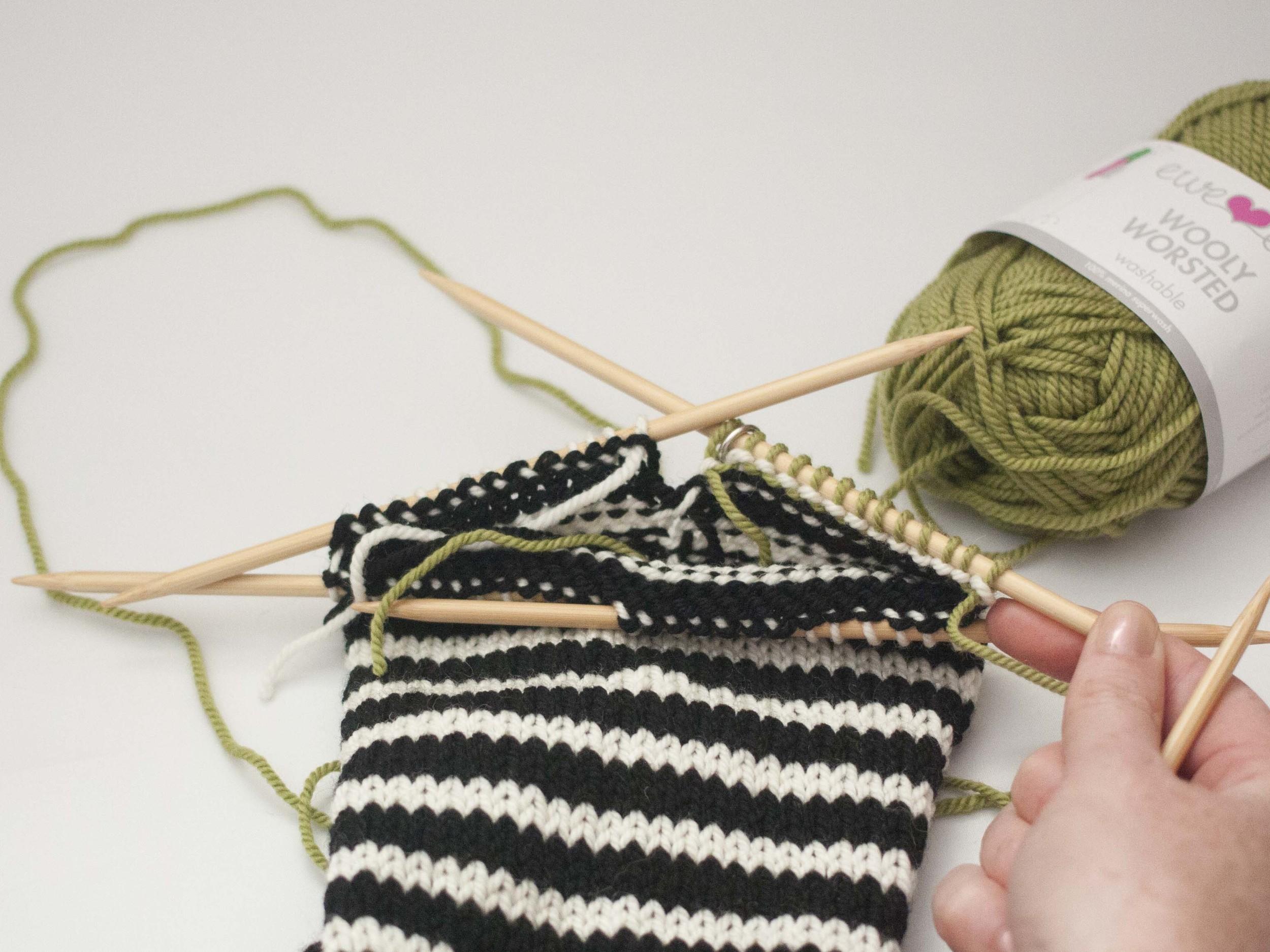 knitting a sock heel