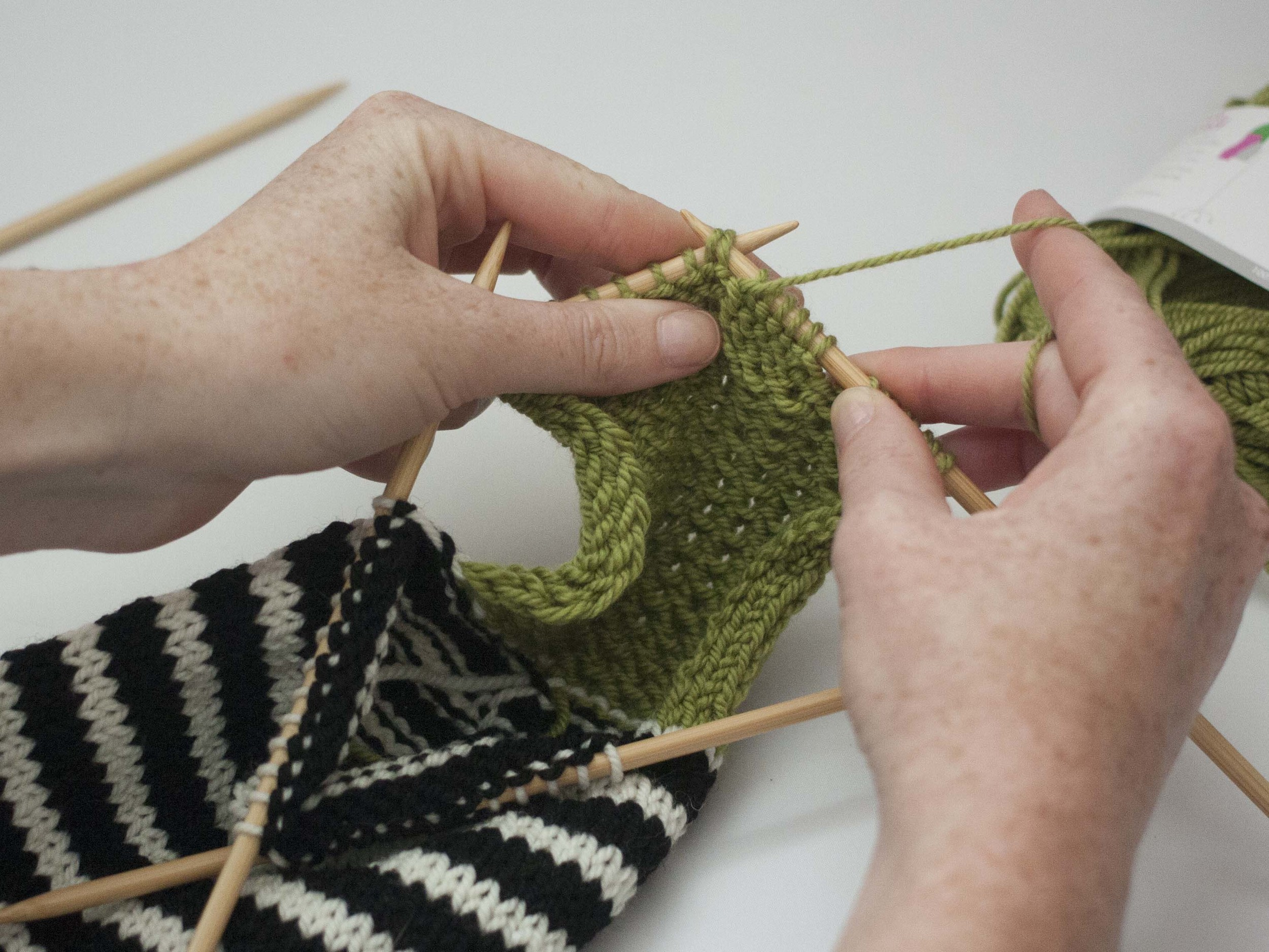 how to turn the heel of a sock