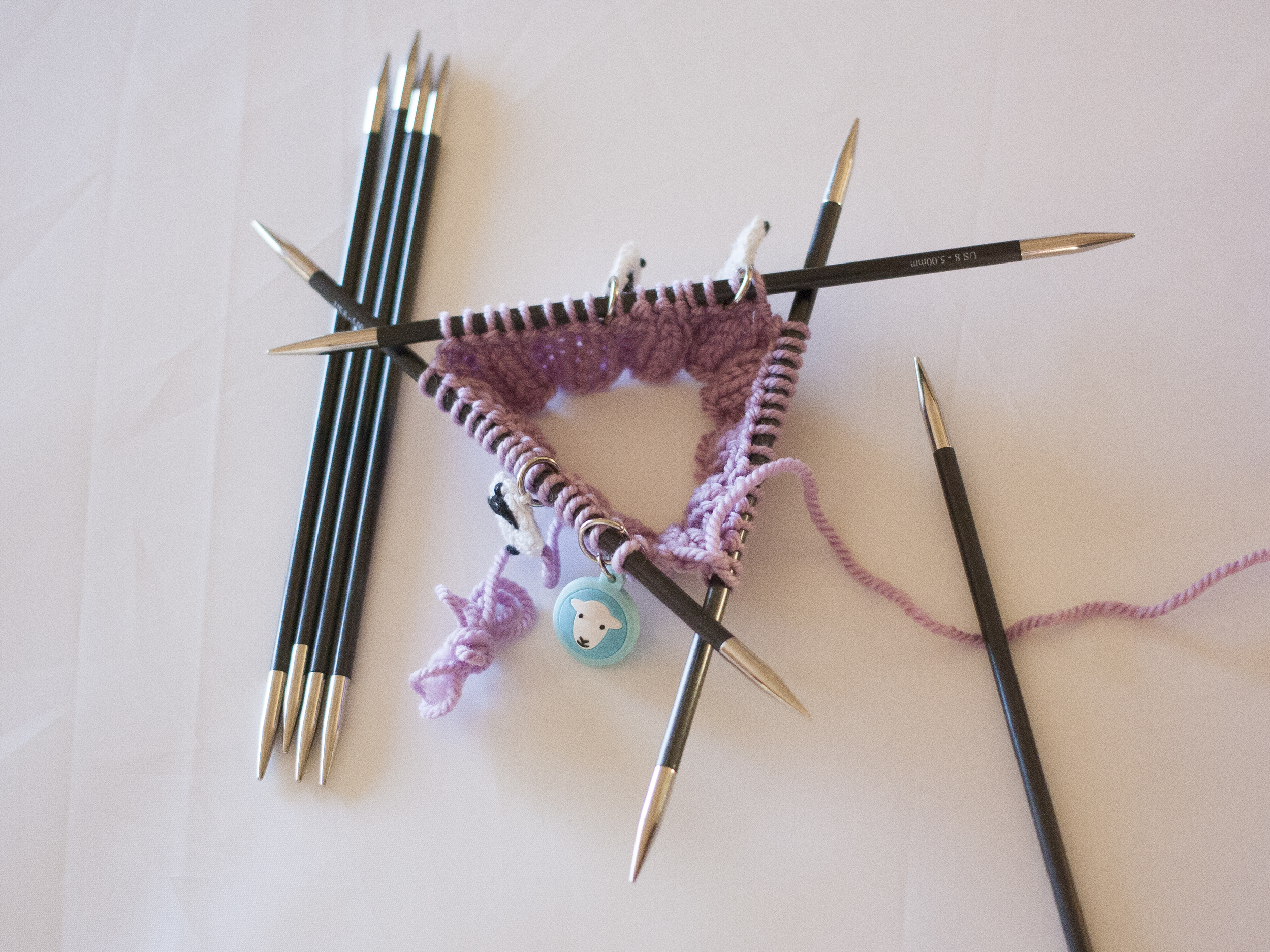 Changing needle sizes in knitting