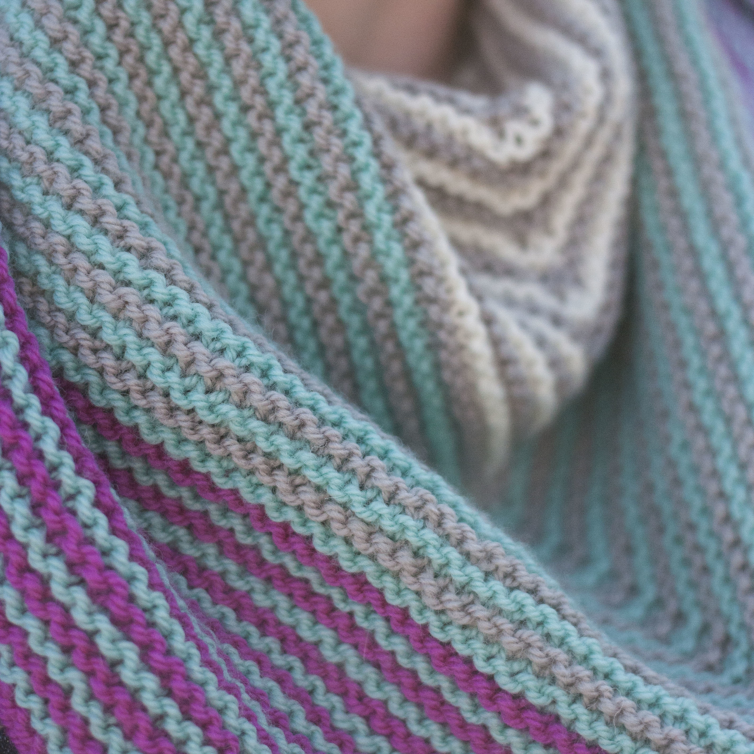 Not An Alien Costume  shawl knitting pattern by Meaghan Schmaltz, The Unapologetic Knitter