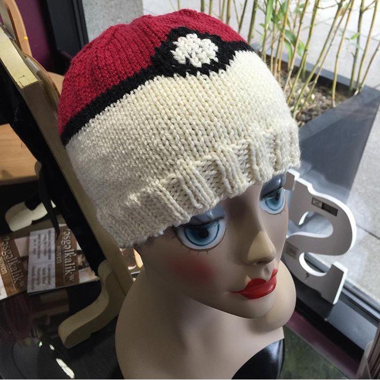 Pokemon Pokeball Hat free knitting pattern
