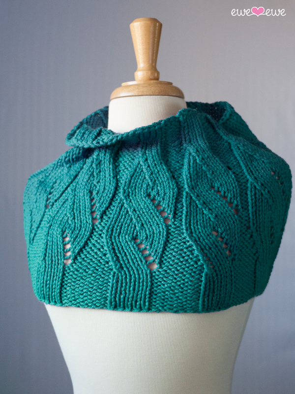 Rhythm and Blooms cowl uses two balls of Baa Baa Bulky yarn.
