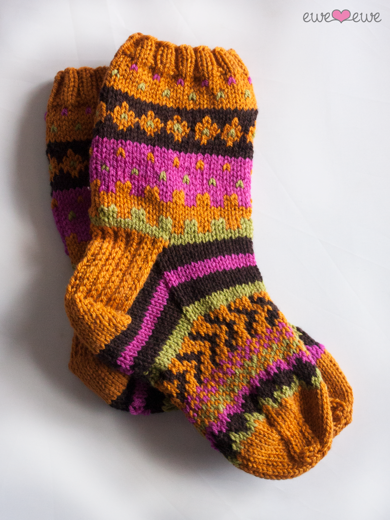 Option 2: Cozy socks in Wooly Worsted