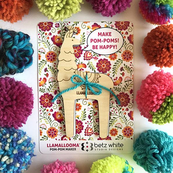 Llamallooma Pom Pom Maker by Betz White