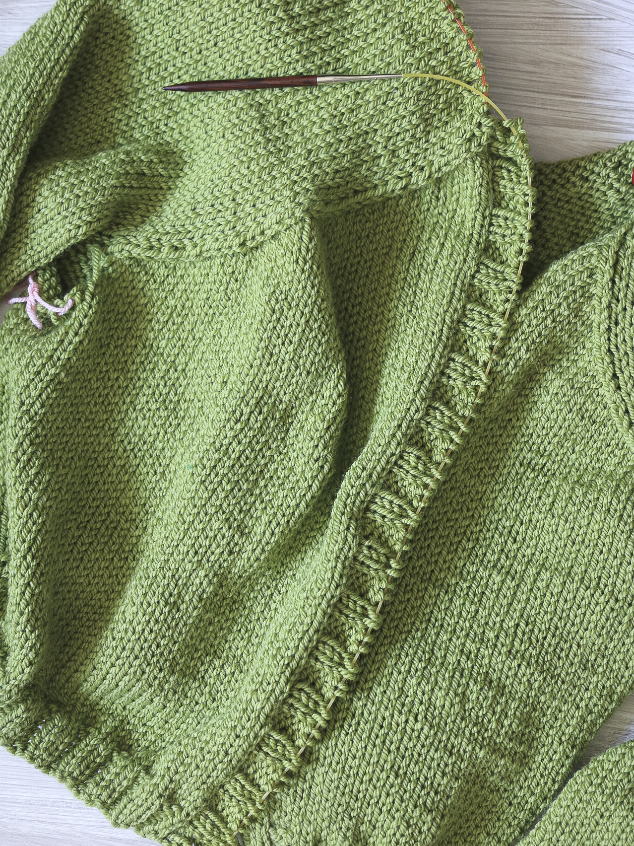 Creating a finished button band on a knit sweater