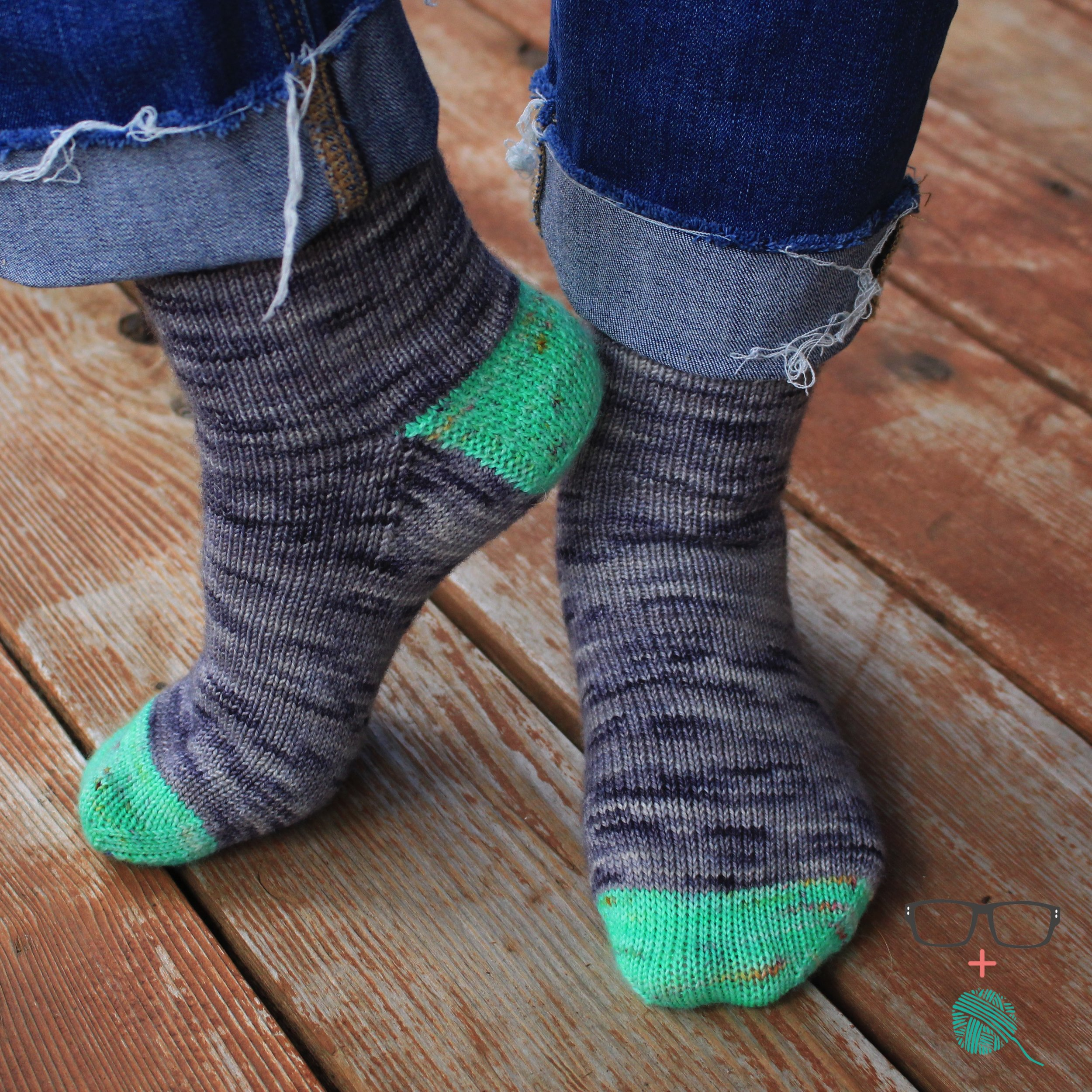 Extranilla Socks  easy knitting pattern by The Unapologetic Knitter