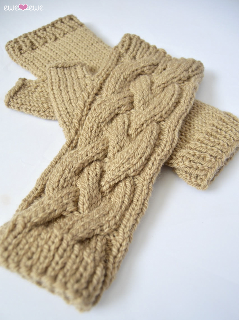 Chilly Mitts  designed by Makenzie Alvarez
