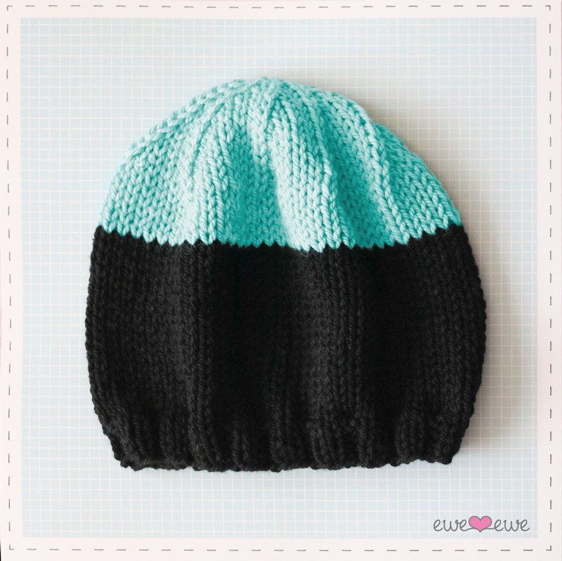 Black Dipped Beanie  FREE knitting pattern