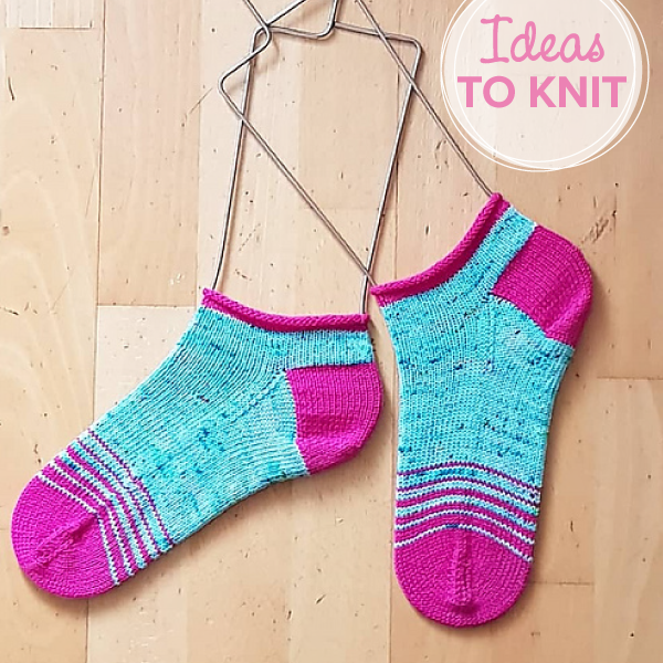 Shortie Fade Sox  knitting pattern by Anneknitty Designs
