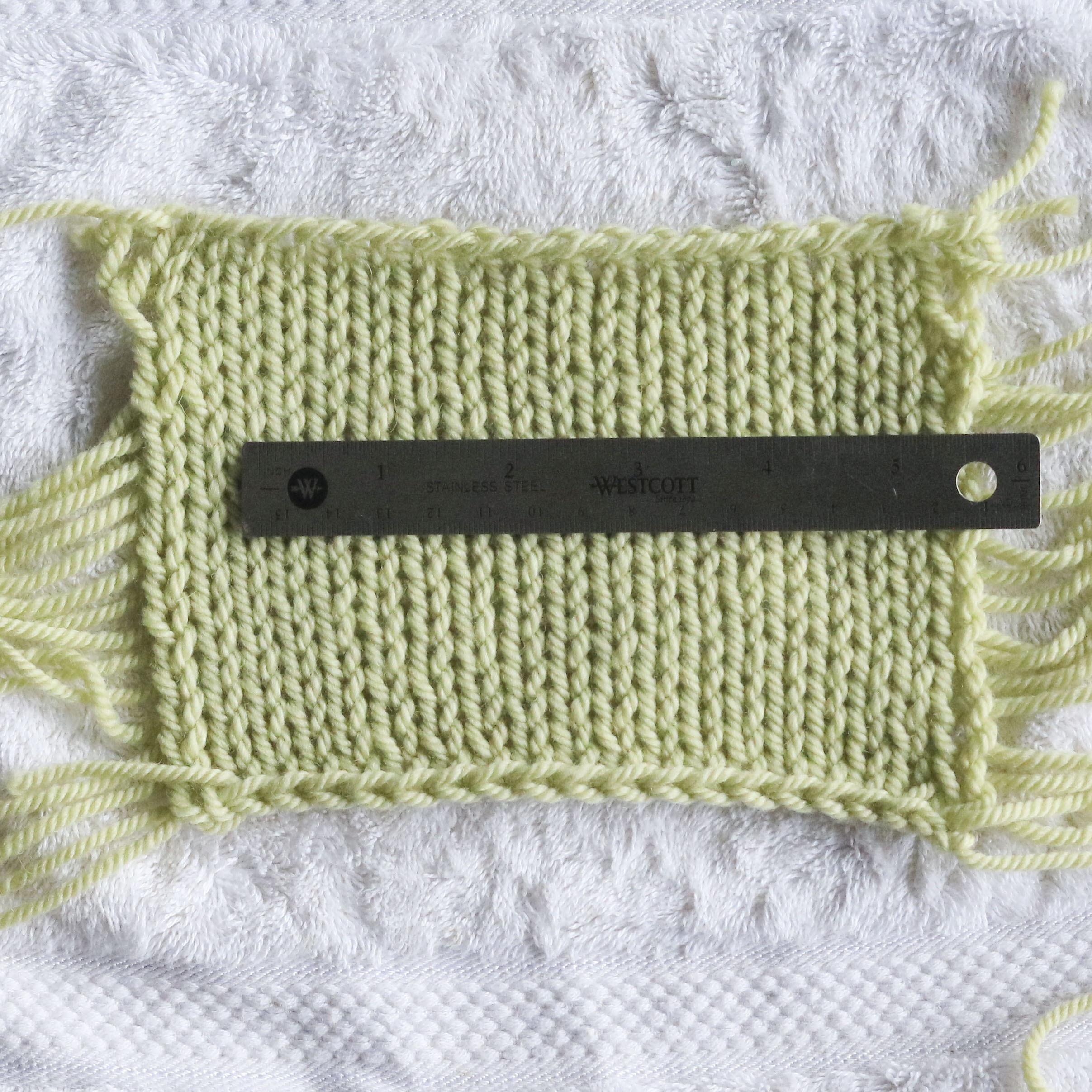 How to measure knitting gauge in the round