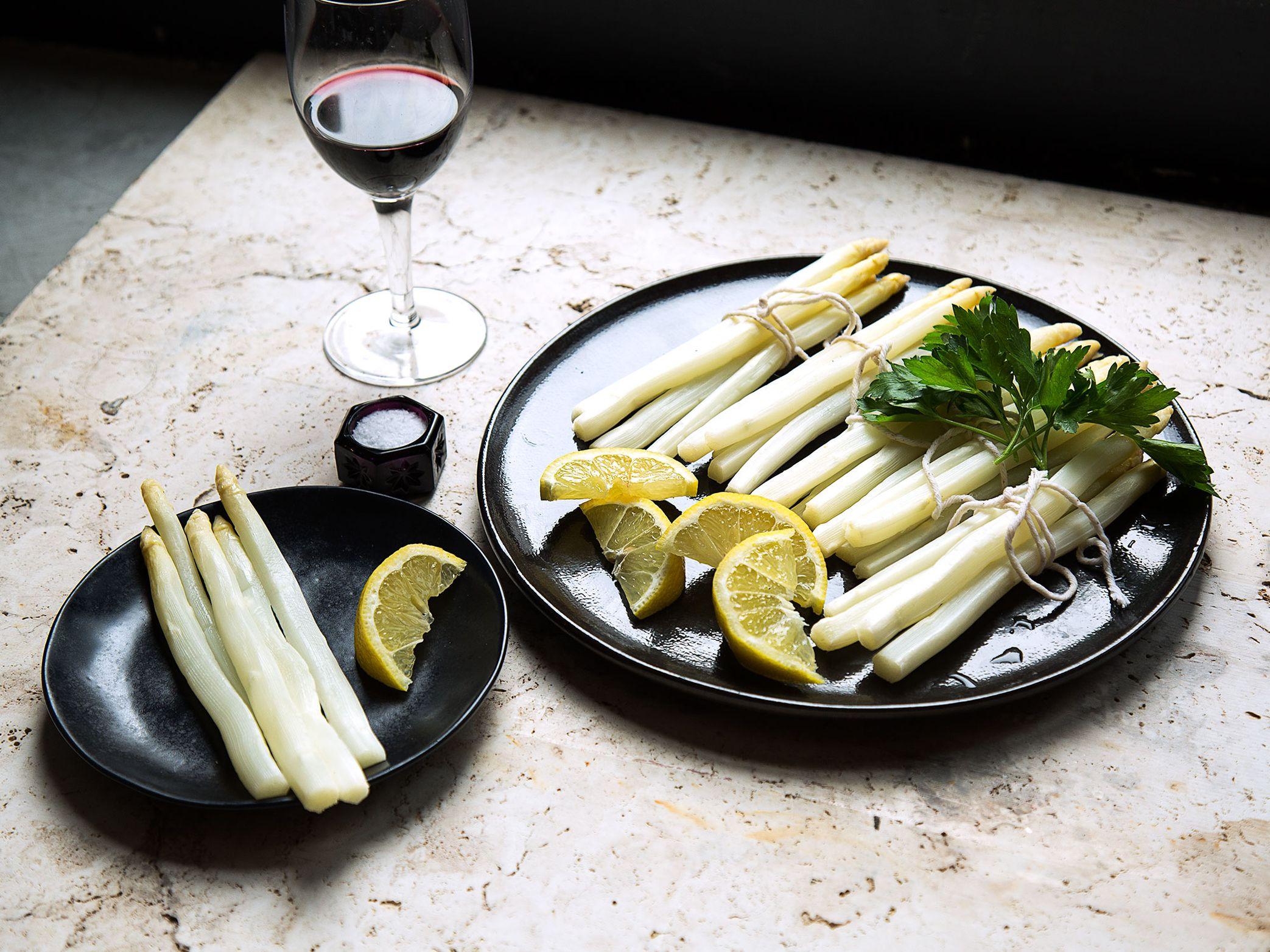 Easy White Asparagus