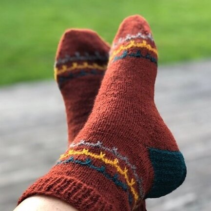 LotteBlom's On the porch socks  on Ravelry