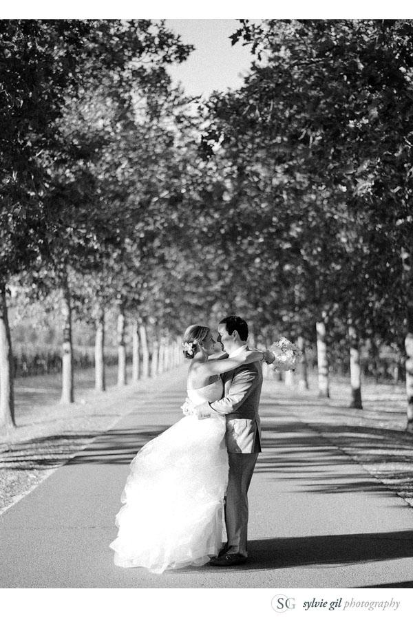 sylvie-gil-film-photography-wedding-style-me-pretty-published-online-annena-beaulieu-garden-paula-leduc-vera-wang-napa-bride-groom-black-white