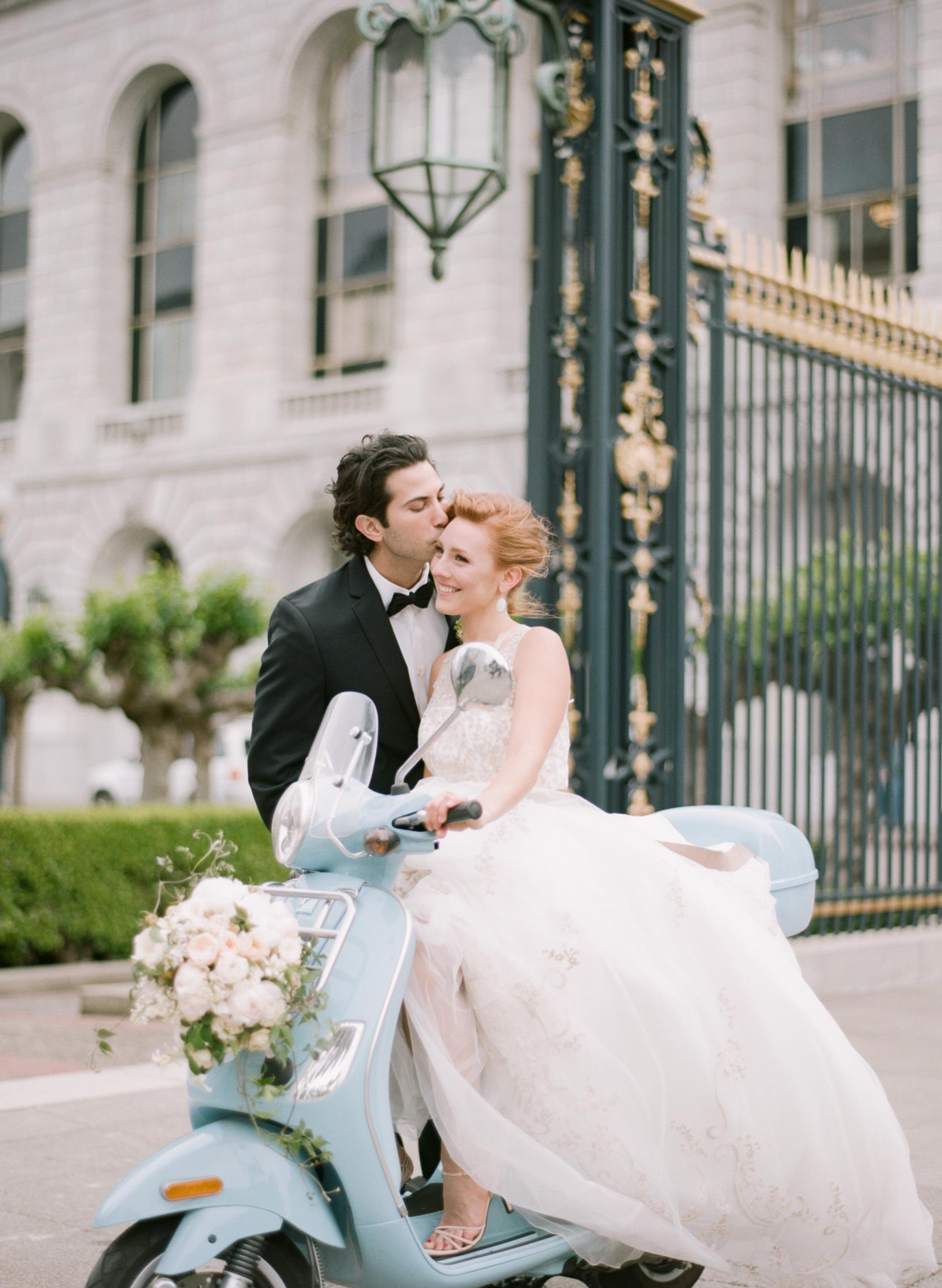 044-80840026SylvieGil-Paris-macaroons-red hair bride-romantic wedding-french wedding.jpg