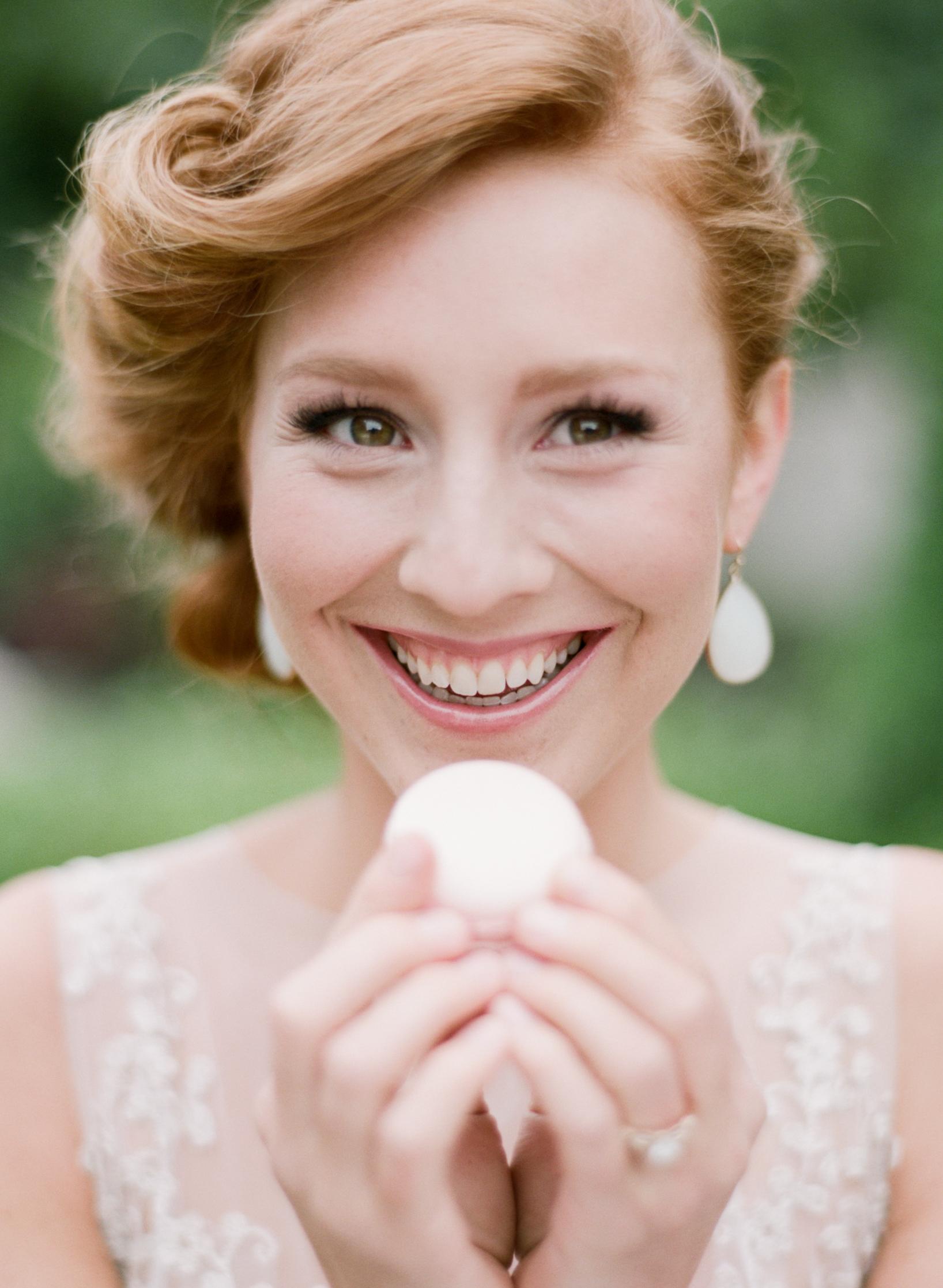 099-80940032SylvieGil-Paris-macaroons-red hair bride-romantic wedding-french wedding.jpg
