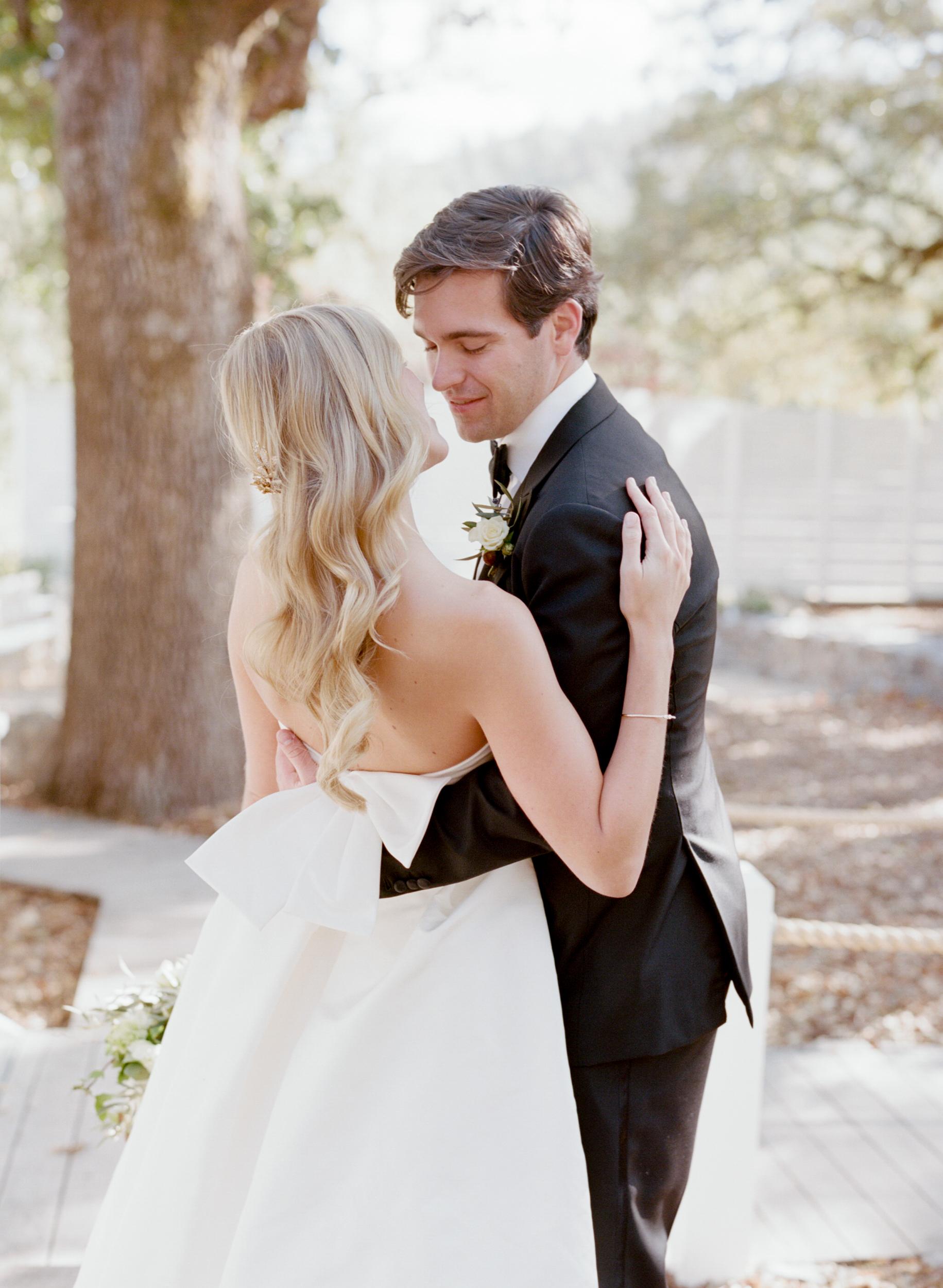 SylvieGil-Durham-Ranch-Organic-Ethereal-Rustic-Dress-Bow-KissWedding