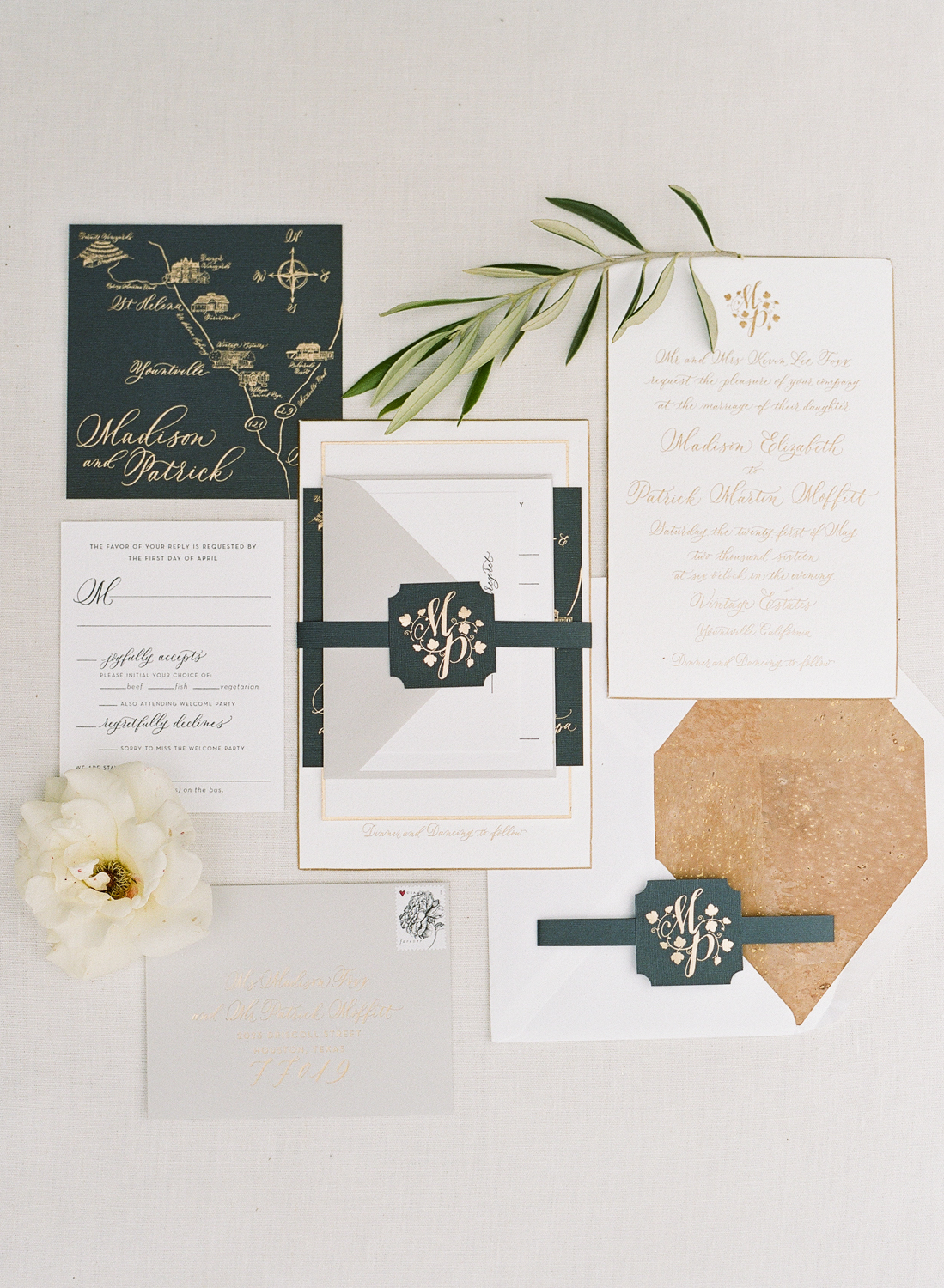 Papellerie classic invitation suite in black, white, and gold