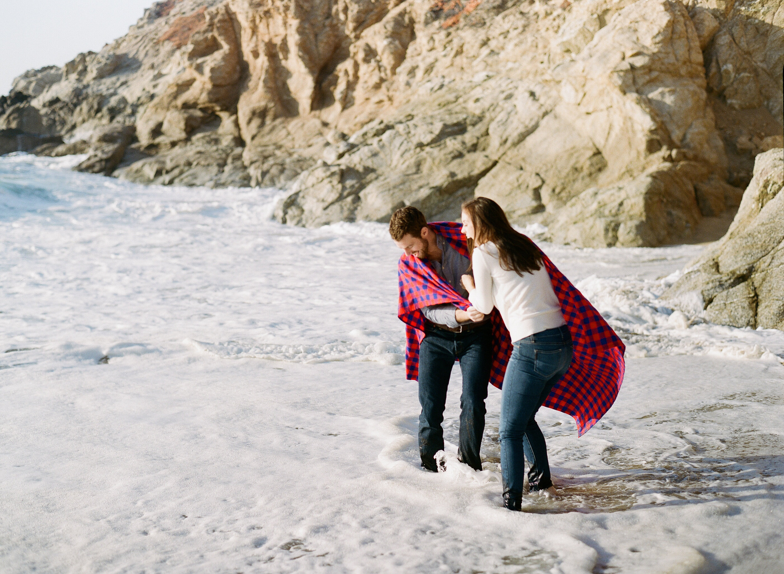 Beach engagement session in Northern California; Sylvie Gil Photography