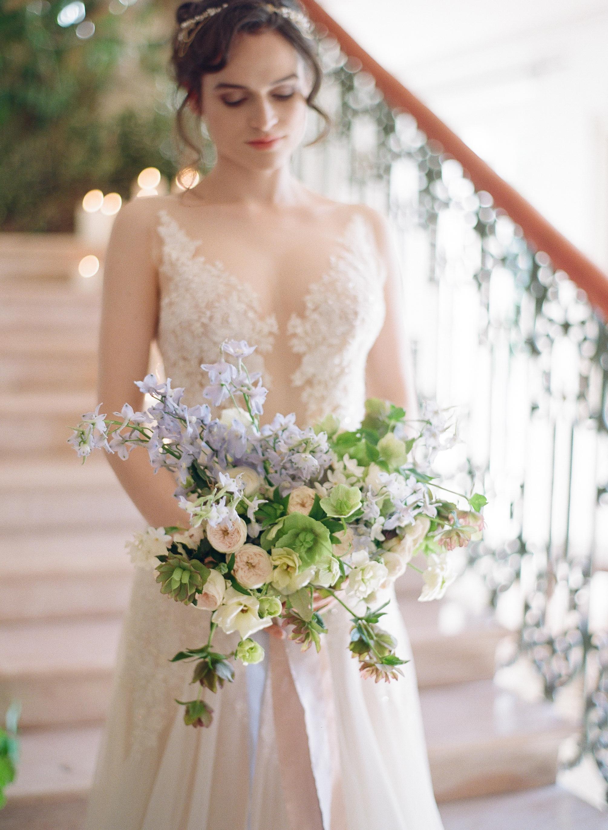 Sylvie-Gil-film-destination-wedding-photography-2017-workshop-chateau-de-varennes-masquerade-burgundy-france-bride-chapel-bouquet