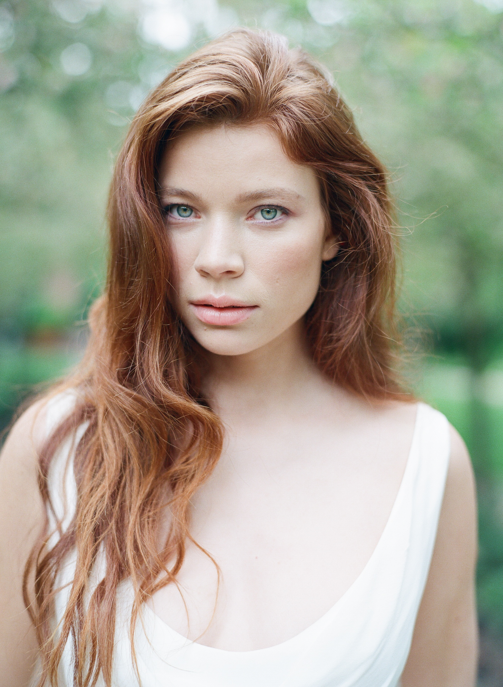 A barefaced redhead bride in San Francisco; Sylvie Gil Photography