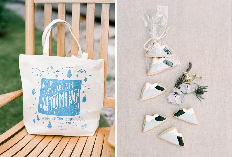 Custom Wedding favors in Wyoming, custom mountain cookies, Sylvie Gil Photography