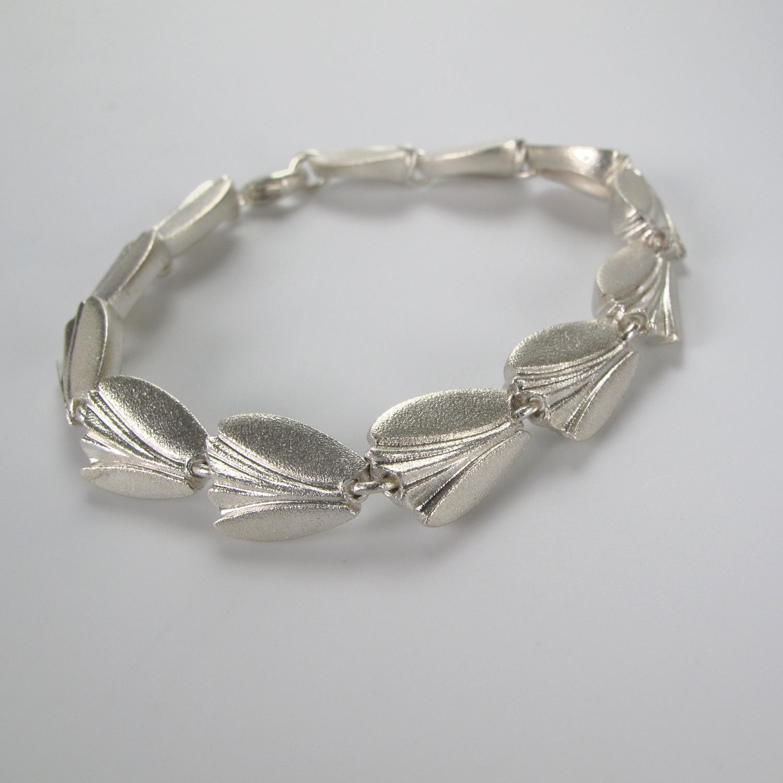 Sterling silver tulip bracelet