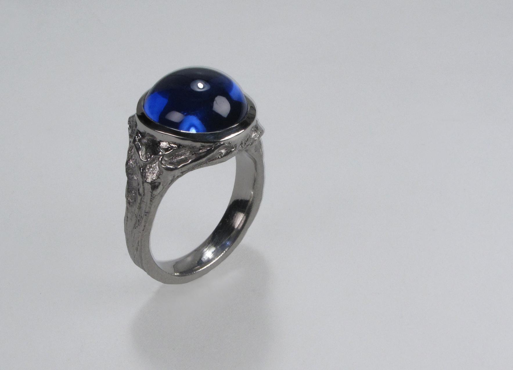 Platinum & sapphire cabochon ring