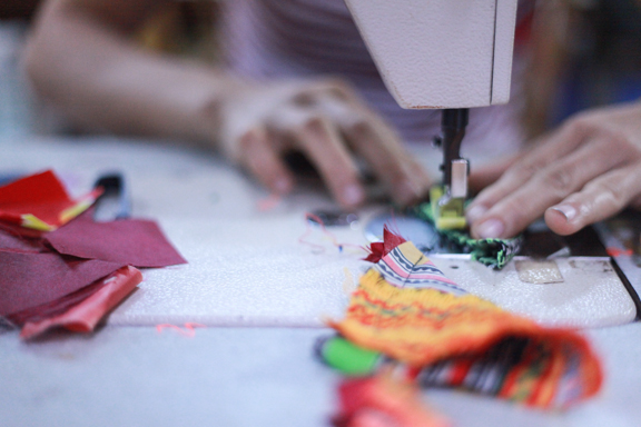 behind the scenes // vibrant stitches bag