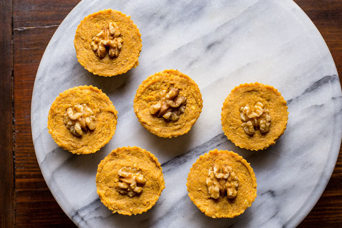 Vegan Pumpkin Pie Tarts