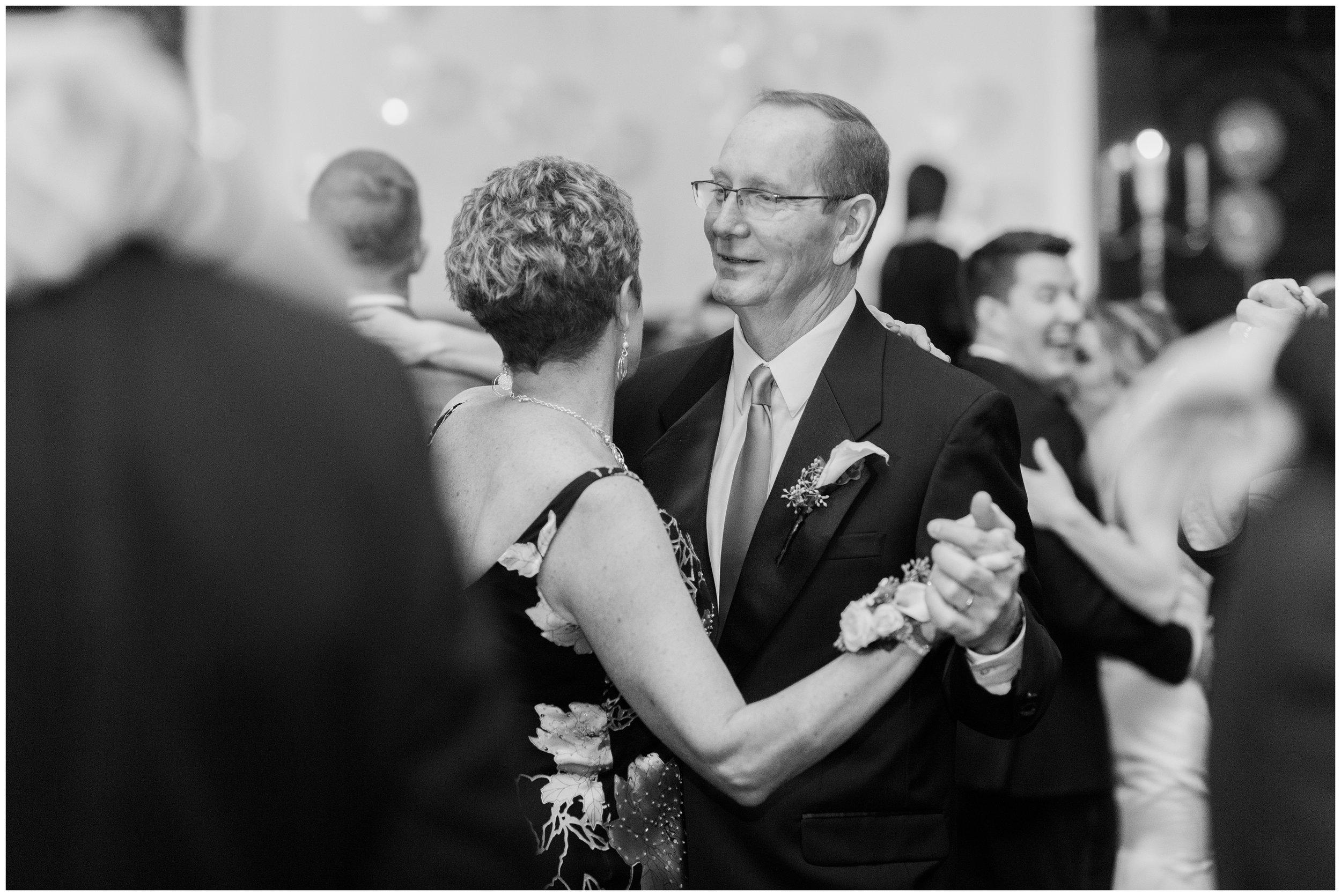 Rebecca_Bridges_Photography_Indianapolis_Wedding_Photographer_5859.jpg