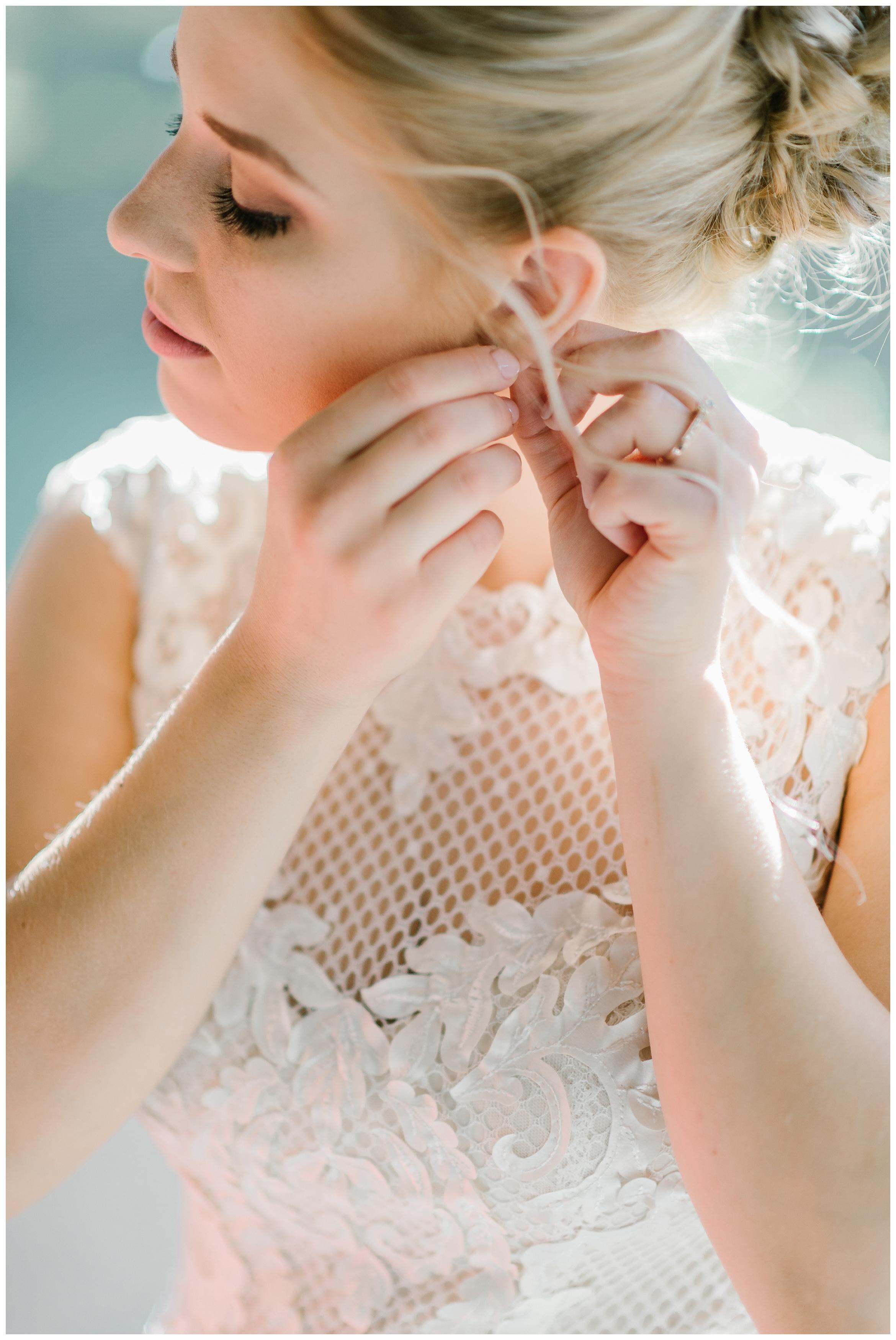 Rebecca_Shehorn_Photography_Indianapolis_Wedding_Photographer_7301.jpg